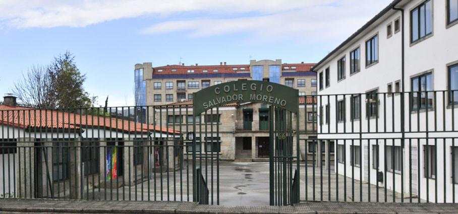 Convocatoria de plazas en el colegio Salvador Moreno de la Armada