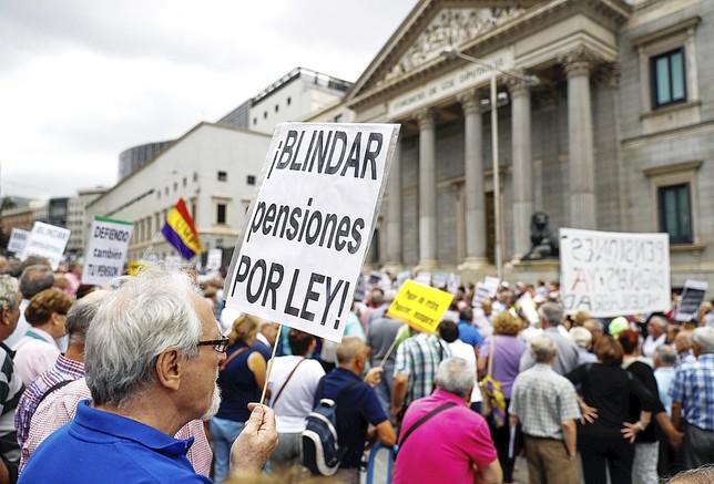 Un acuerdo en el Pacto de Toledo para actualizar las pensiones solo con el IPC