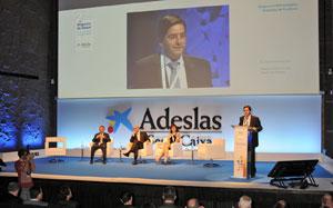 Adeslas reclama una prima suficiente que permita mantener el modelo Muface ISFAS y MUGEJU