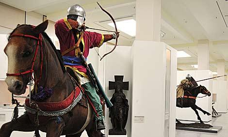 Defensa prohibe introducir o exhibir simbolos que menoscaben la neutralidad institucional en el Museo del Ejército de Toledo