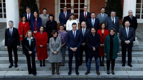 El Consejo de Ministros aprueba la subida de las pensiones del 0,9%